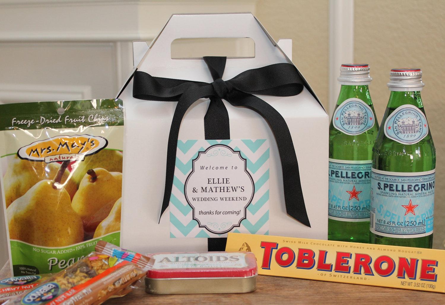Gift Ideas For Wedding Guests At Hotel: Make Out Of Town Guests Feel Like VIP'S!