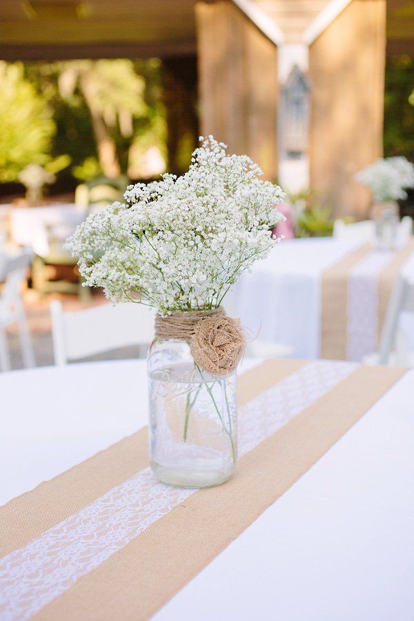 Burlap-and-Lace-Wedding-Tablerunner