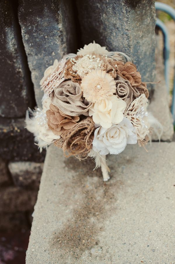Burlap-and-lace-wedding-ideas-Burlap-and-Lace-Wedding-bouquet