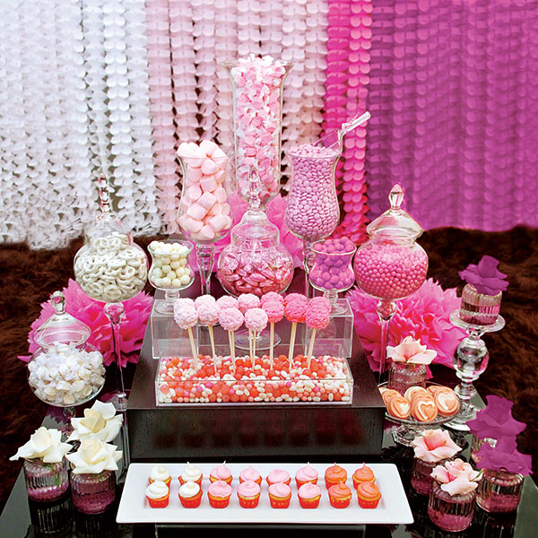 Candy-Buffet-via-The-Rose-Weddings1