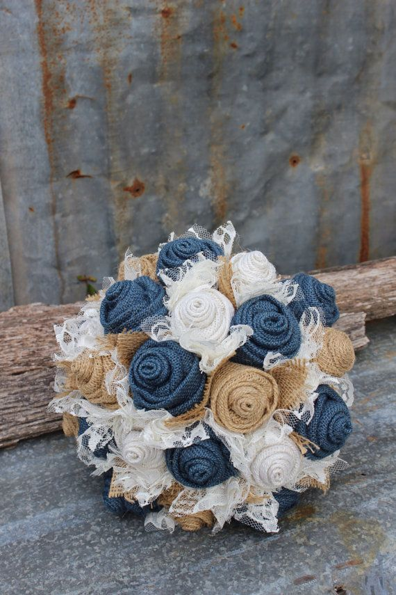 Navy-Burlap-and-Lace-Brides-Bouquets-