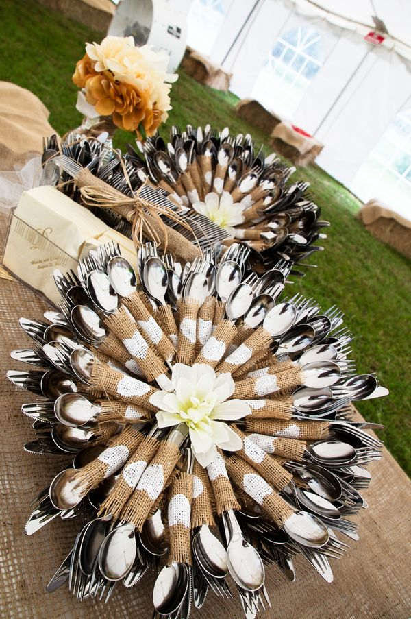 Rustic-Table-Setting-for-Rustic-Wedding-Ideas