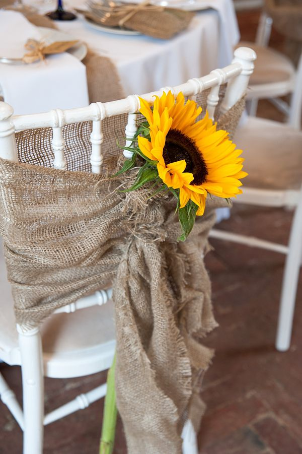 Sunflowers-and-Burlap-Wedding-Decor-for-Rustic-Wedding-