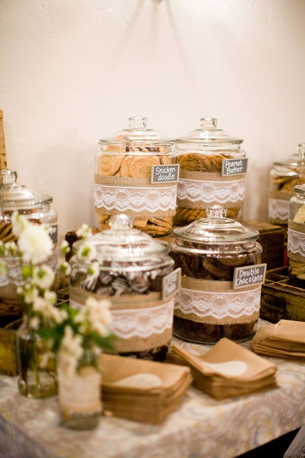 Wedding-cookie-bar-instead-of-a-candy-bar-with-lace-and-burlap