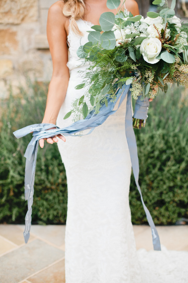 bouquet-with-ribbon