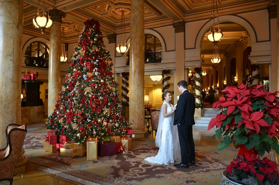 christmas-wedding-in-washington-dc-willard-hotel-Jessica-Schmitt-Photography